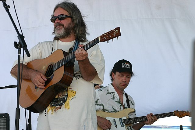 Steve Kimock Performs with the Everyone Orchestra at 10K Lakes 2006