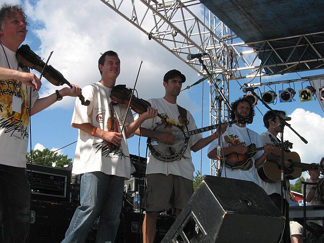 The Everyone Orchestra at 10K Lakes 2006