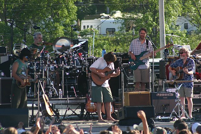 Keller Williams Incident at 10K Lakes 2006
