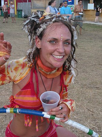 Meet the Hula Hoop Girl at 10K Lakes 2006