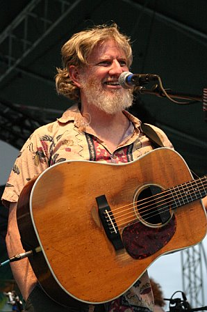 String Cheese Incident - Bill Nershi at 10K Lakes 2006