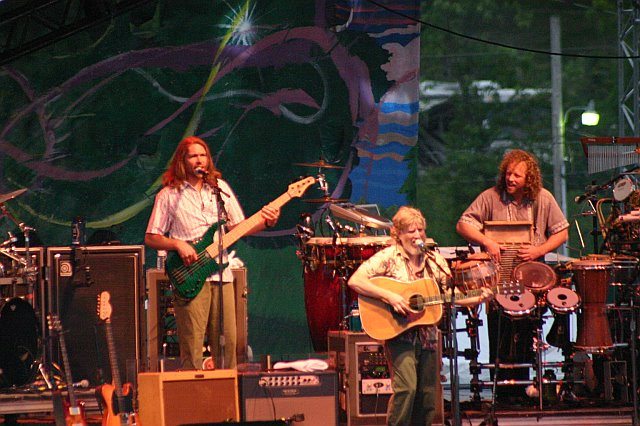 String Cheese Incident - Keith Moseley, Bill Nershi, and Jason Hann at 10K Lakes 2006