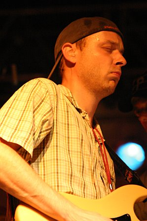 Jake Cinninger with Umphrey's McGee at 10K Lakes 2006