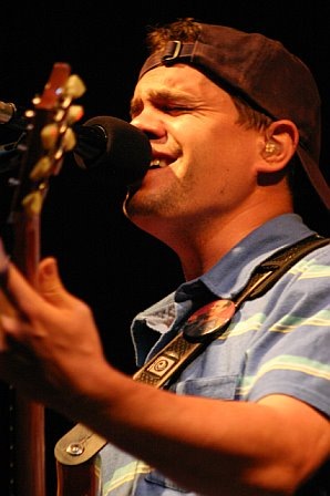 Brendan Bayliss with Umphrey's McGee at 10K Lakes Festival - 2006