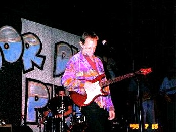 Peter Tork at Poor David's Pub - July 2006