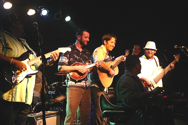Alvin Lee, Zak Matthews, Nat Keefe, Roosevelt Collier, Aaron Redner, and Alvin Cordy, Jr. (l-r) Jam Together