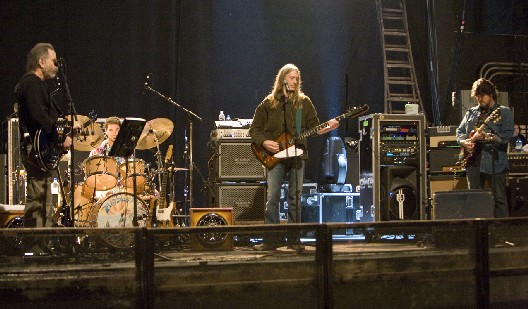Ratdog Bob Weir, Jay Lane, Robin Sylvester, and Mark Karan on February 10, 2007 by Mark Davidson