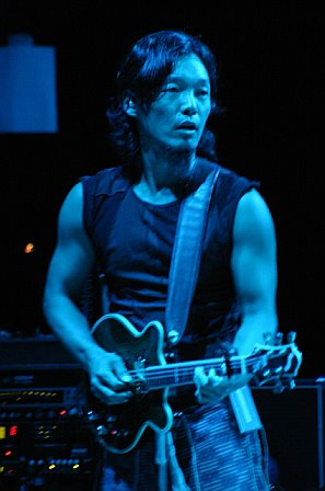 Michael Kang with String Cheese Incident in Tampa, FL - October 19, 2006