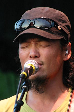 String Cheese Incident's Michael Kang in Gainesville, FL - October 21, 2006