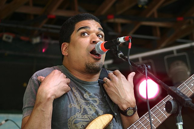 Oteil Burbridge Leads The Peacemakers